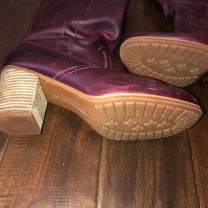 Timberland Shoes - Women's size 9 tall timberland boots